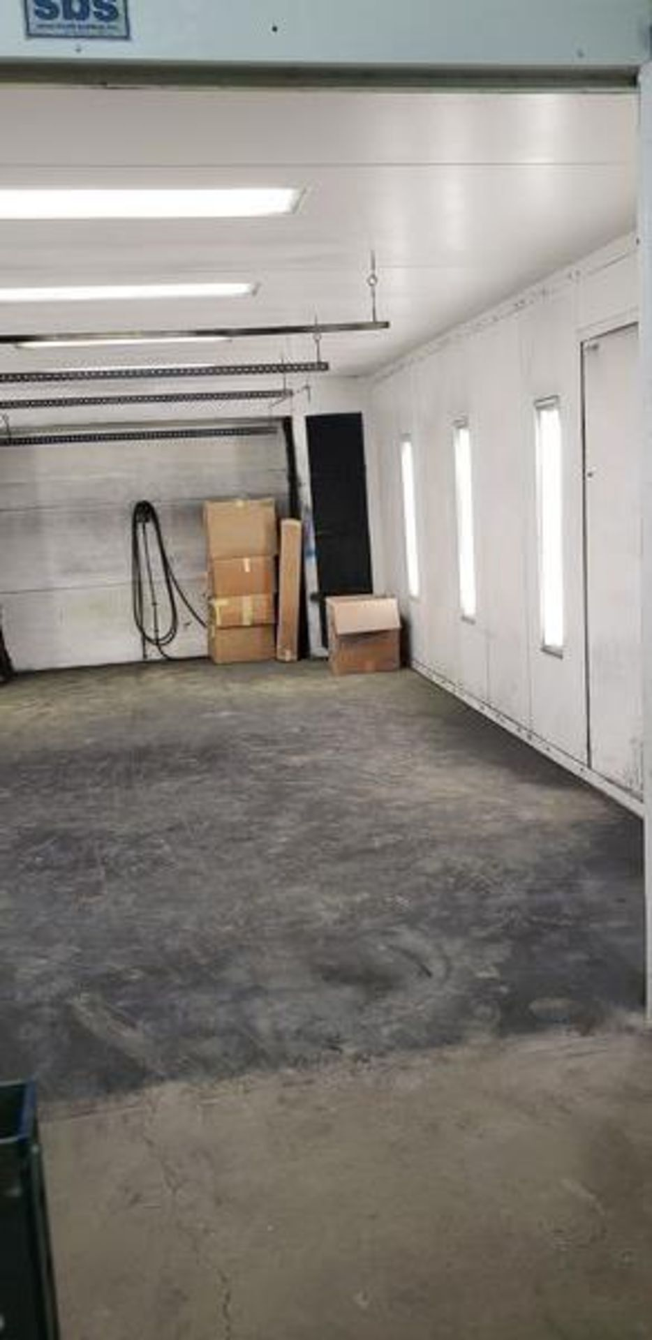 """SBS SPRAYBOOTH SYSTEM WITH LIGHTS AND EXHAUST - 14'2"""" X 24'9"""" X 8'6"""" - BUYER MUST CAP THE ROOF - Image 6 of 10"""