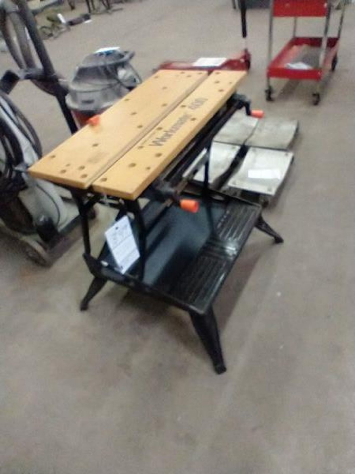 BLACK AND DECKER WORKMATE 400 - Image 3 of 4