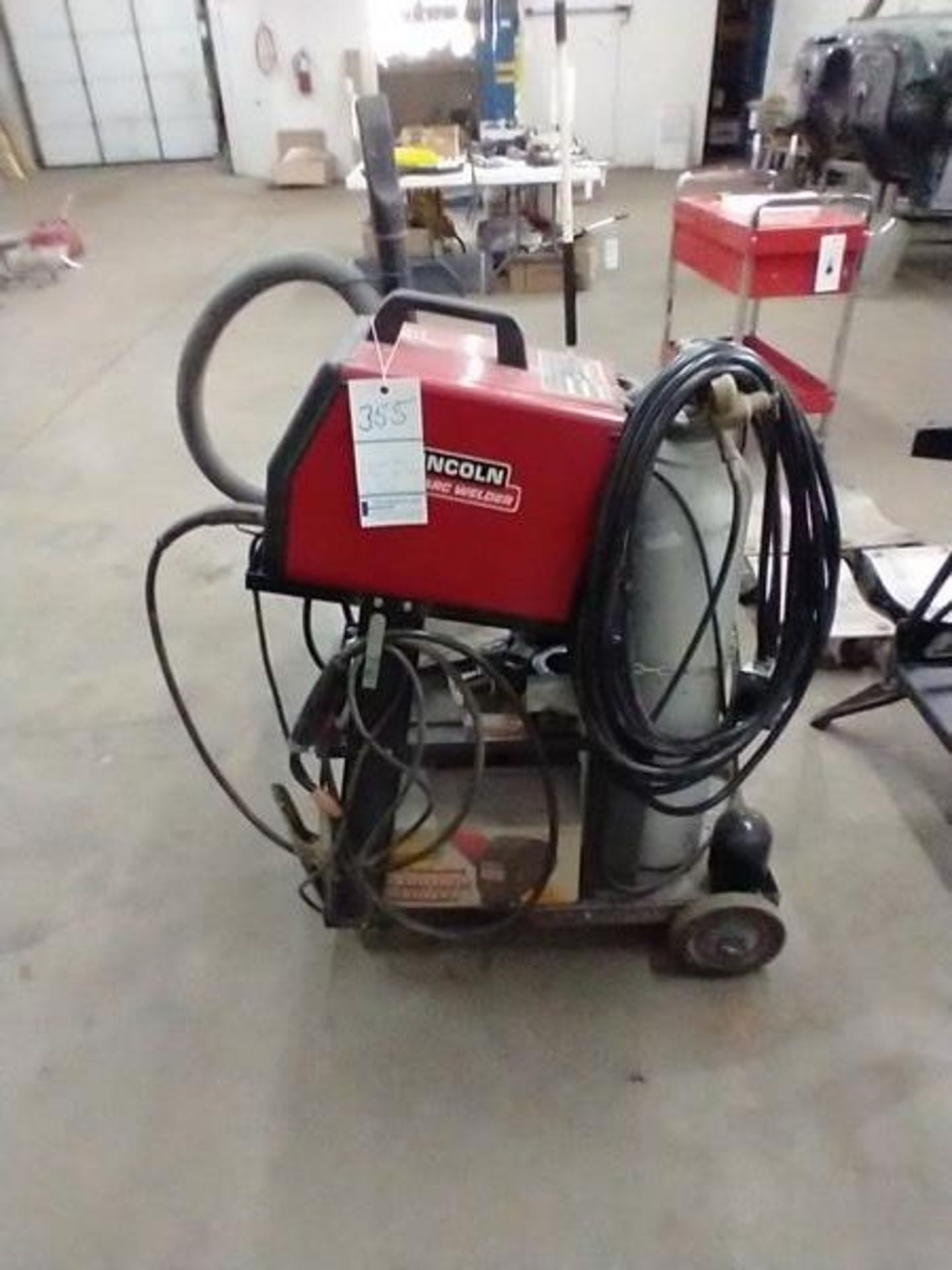 LINCOLN ARC WELDER SP-130T WITH CART AND CONTENTS - Image 4 of 5