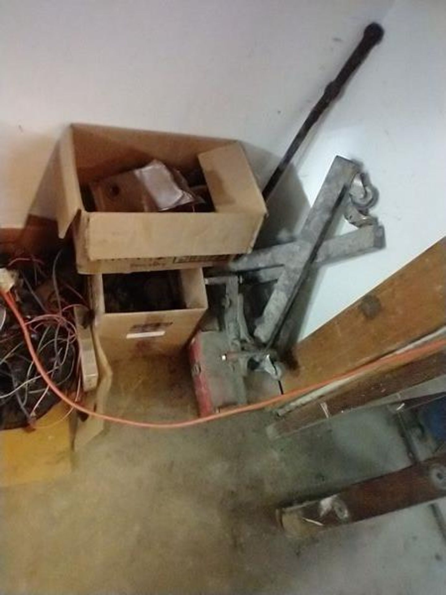 LOT OF ASSORTED CAR PARTS ON 2 SHELVES AND FLOOR - Image 23 of 23