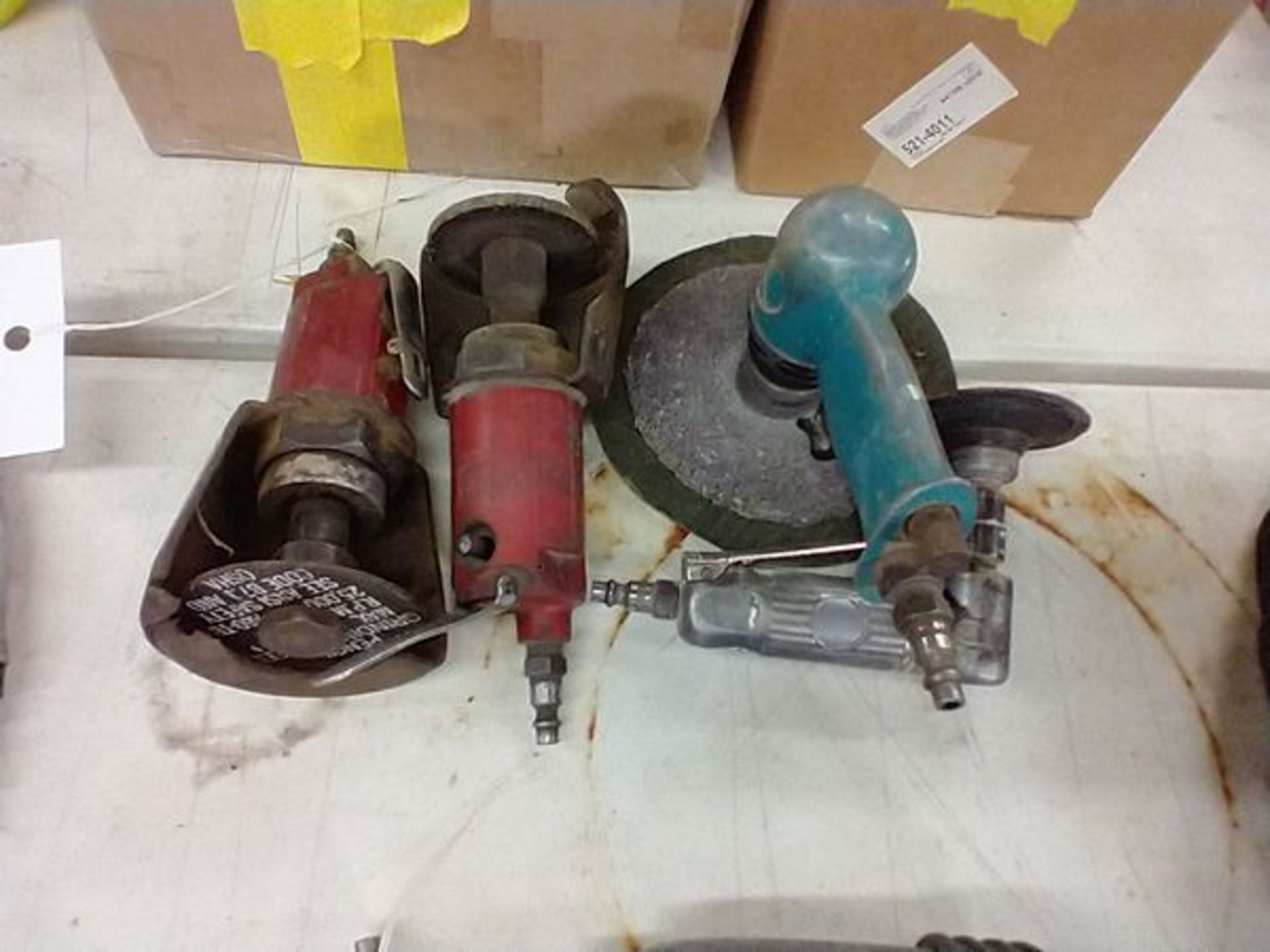 PNEUMATIC GRINDERS AND BUFFER