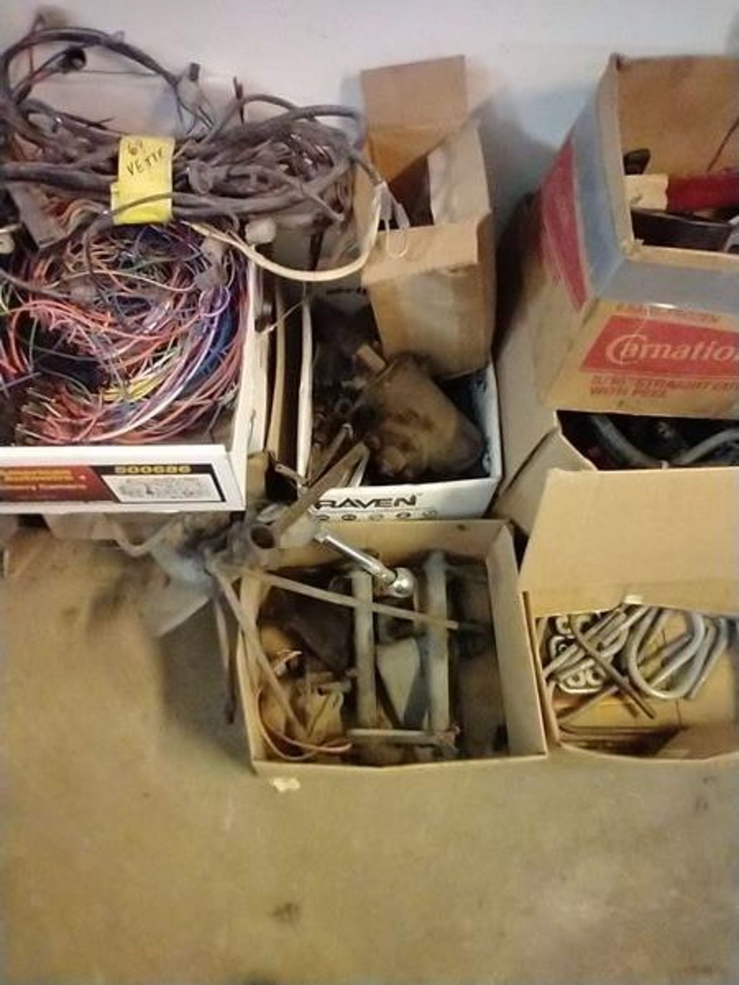 LOT OF ASSORTED CAR PARTS ON 2 SHELVES AND FLOOR - Image 20 of 23