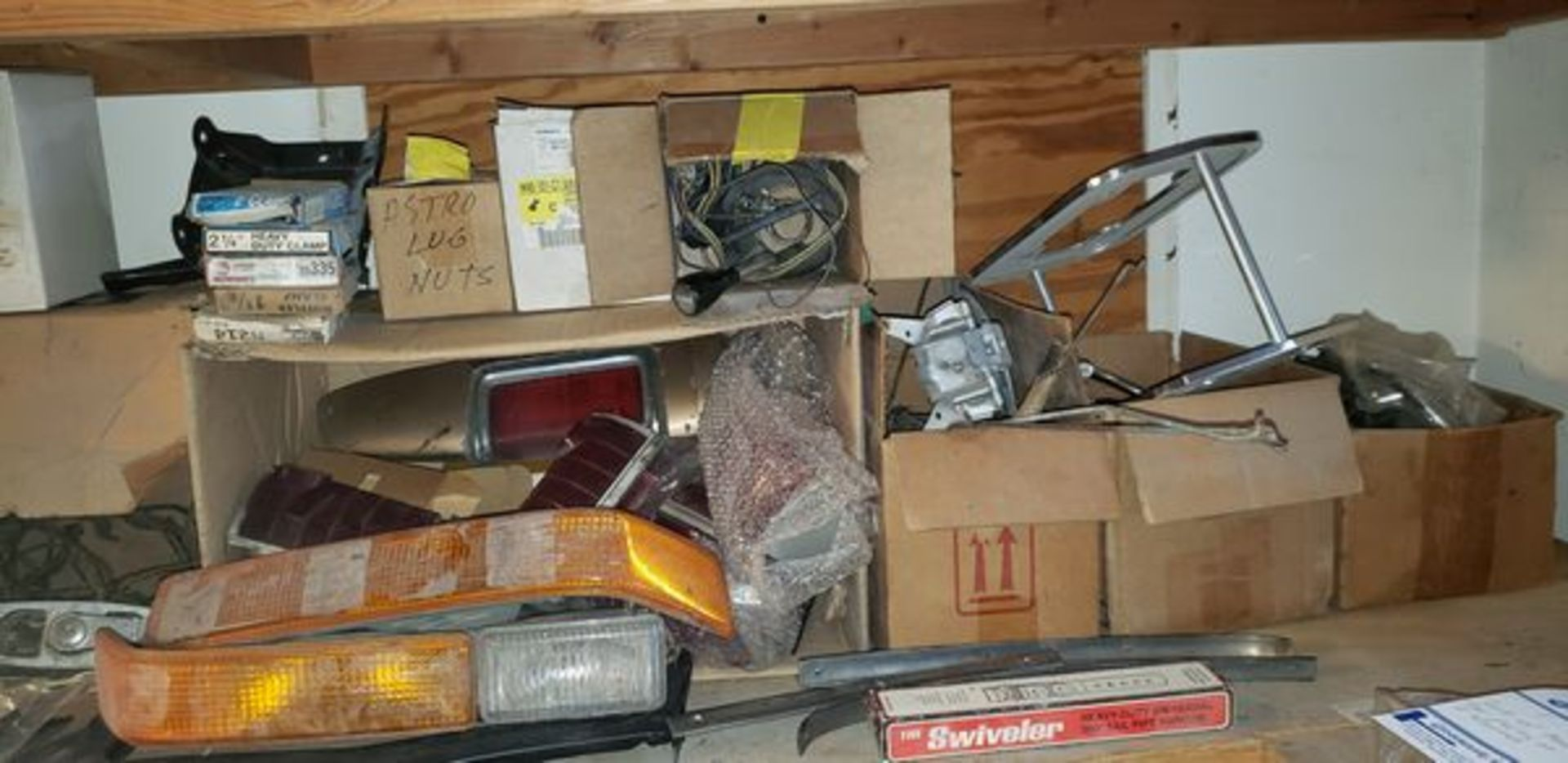 LOT OF ASSORTED CAR PARTS ON 3 SHELVES AND FLOOR - Image 4 of 12