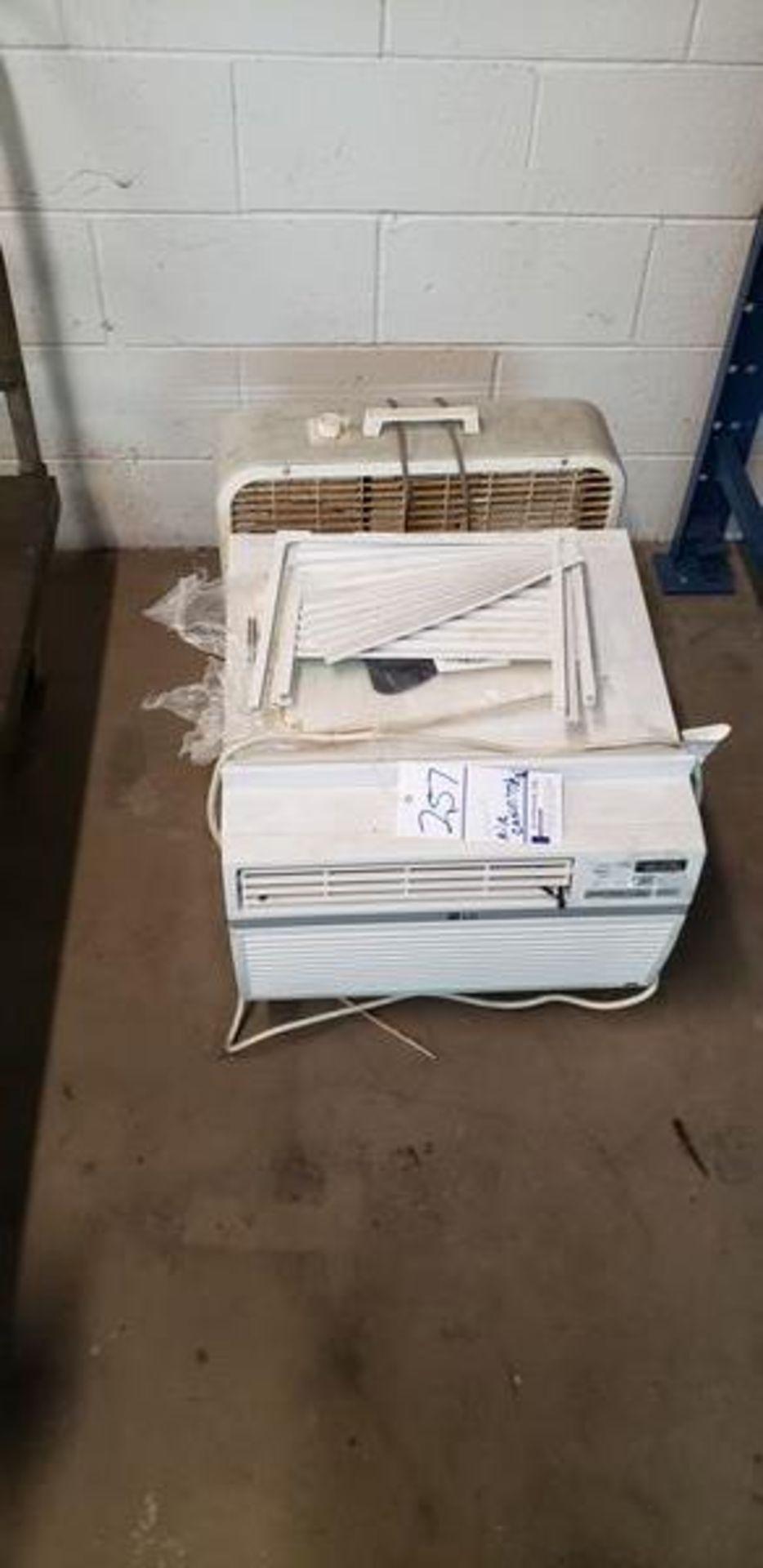 AIR CONDITIONER WINDOW UNIT - 8000 BTU - Image 2 of 2