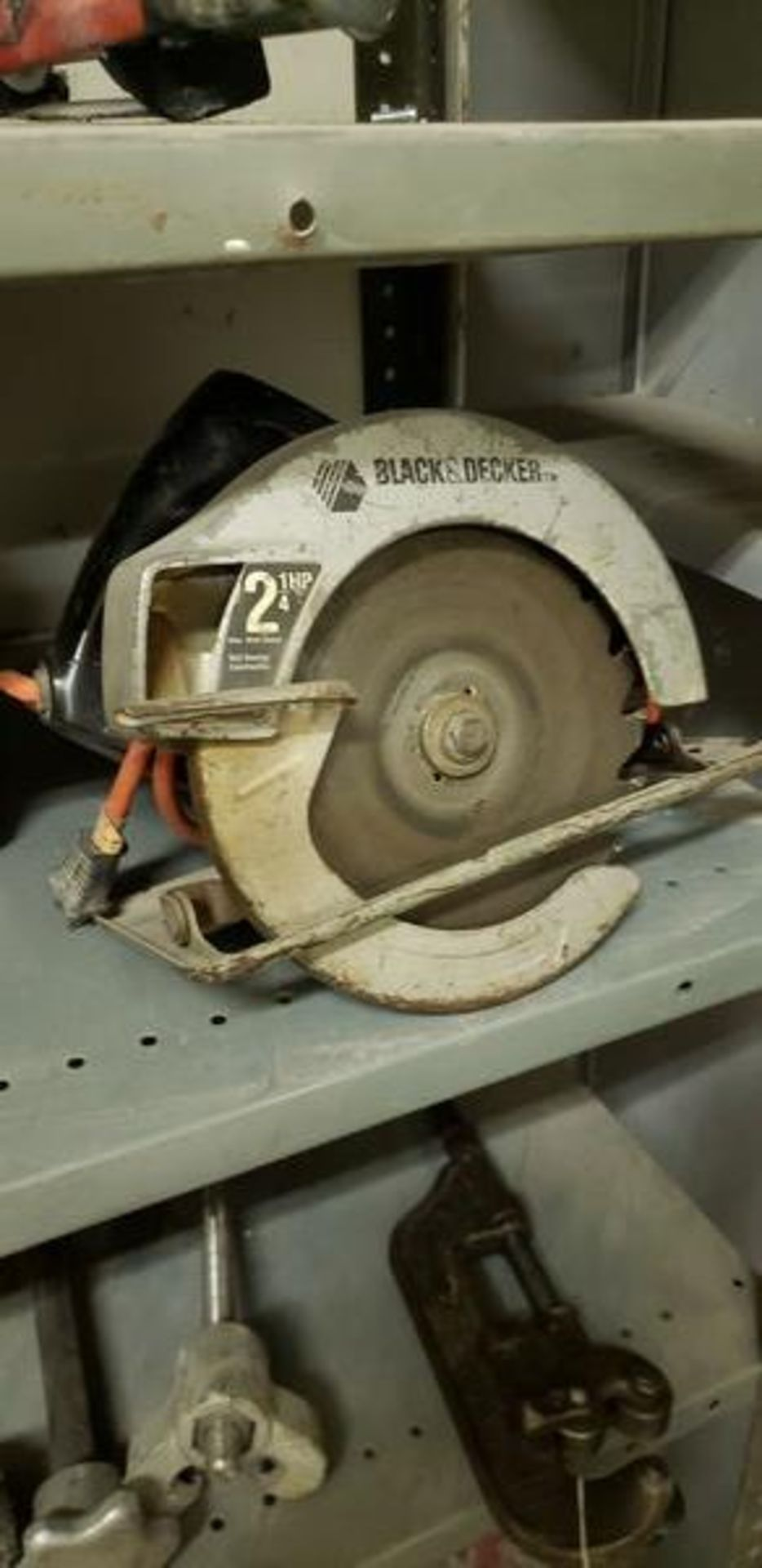 ASSORTED POWER TOOLS - 3 JIG SAWS AND 7.5 CIRCULAR SAW - Image 4 of 4