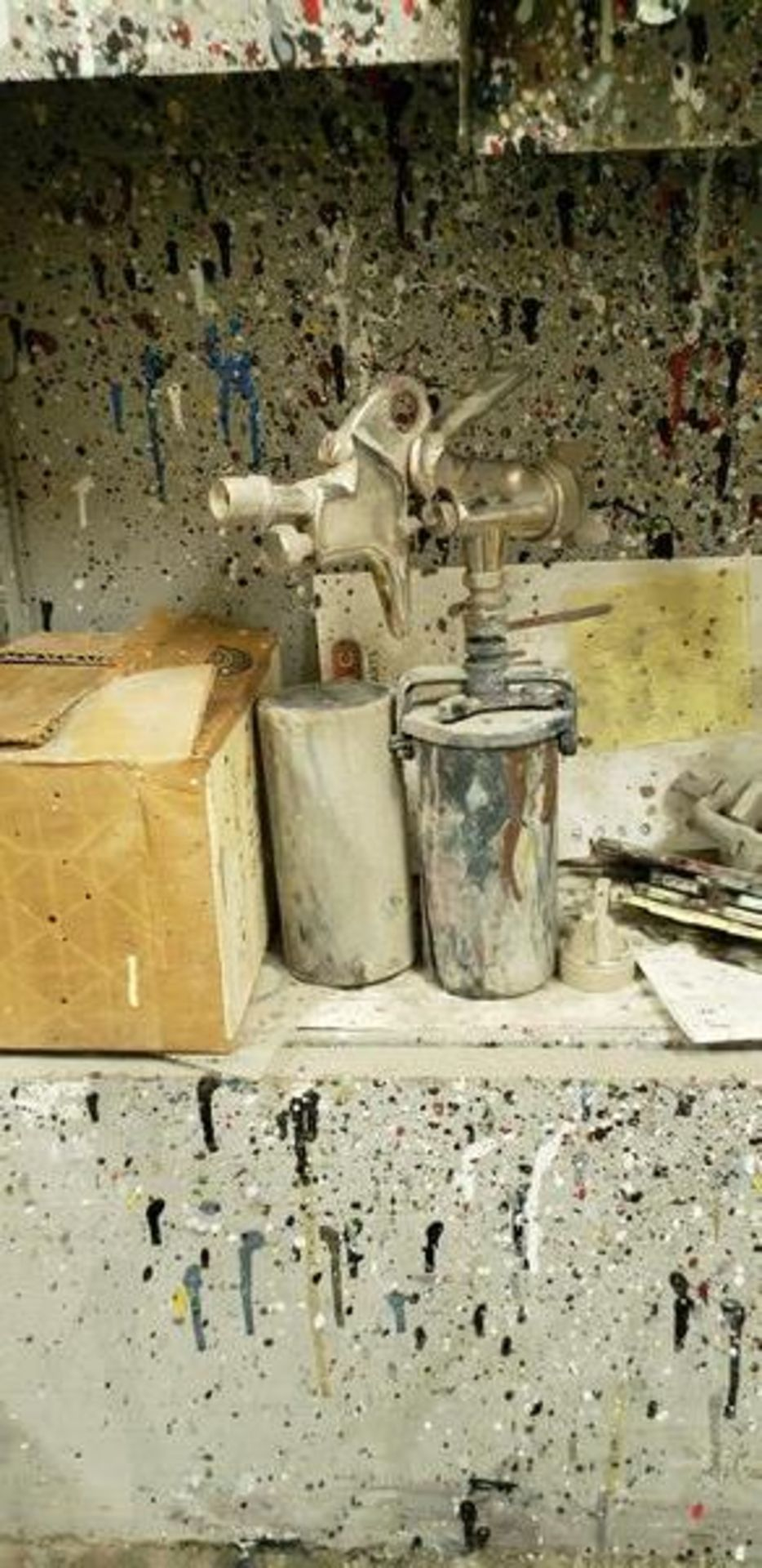 LOT OF PAINTING ITEMS ON LEFT TABLE, TOP AND BACK SHELF (TAGGED SPRAY GUNS AND OTHER TAGGED ITEMS AR - Image 9 of 12