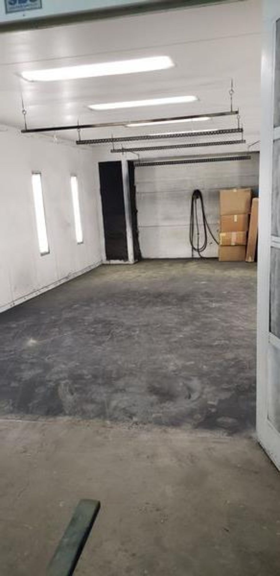 """SBS SPRAYBOOTH SYSTEM WITH LIGHTS AND EXHAUST - 14'2"""" X 24'9"""" X 8'6"""" - BUYER MUST CAP THE ROOF - Image 5 of 10"""
