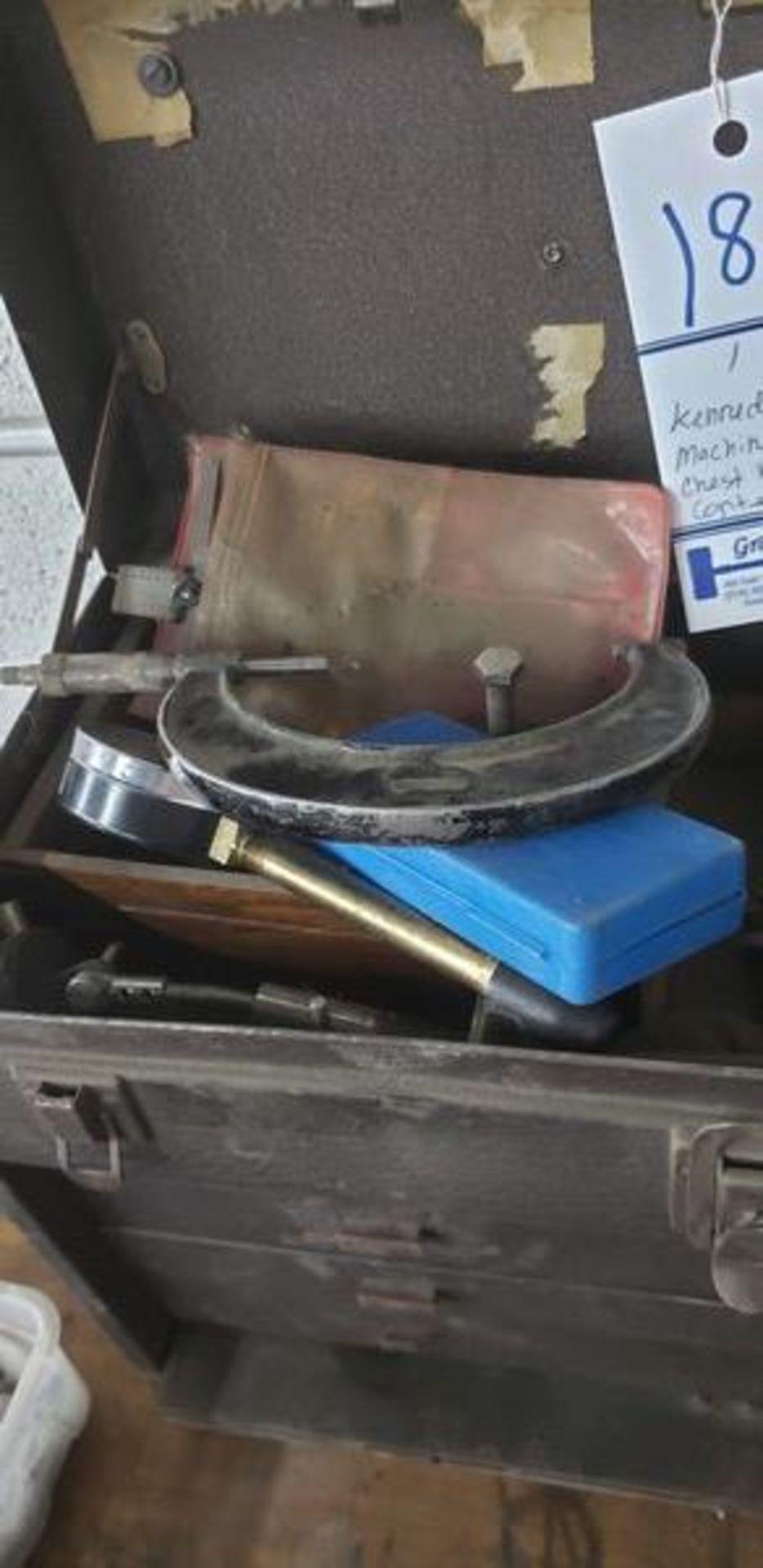 KENNEDY MACHINIST TOOL CHEST WITH CONTENTS - Image 4 of 11