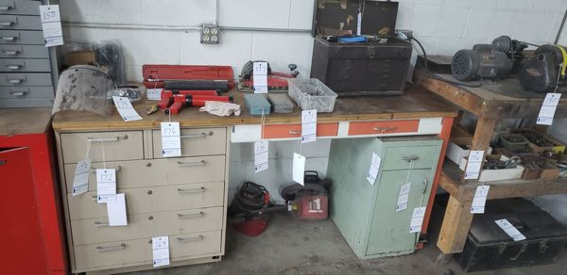 WORK BENCH WITH CABINETS - Image 2 of 2