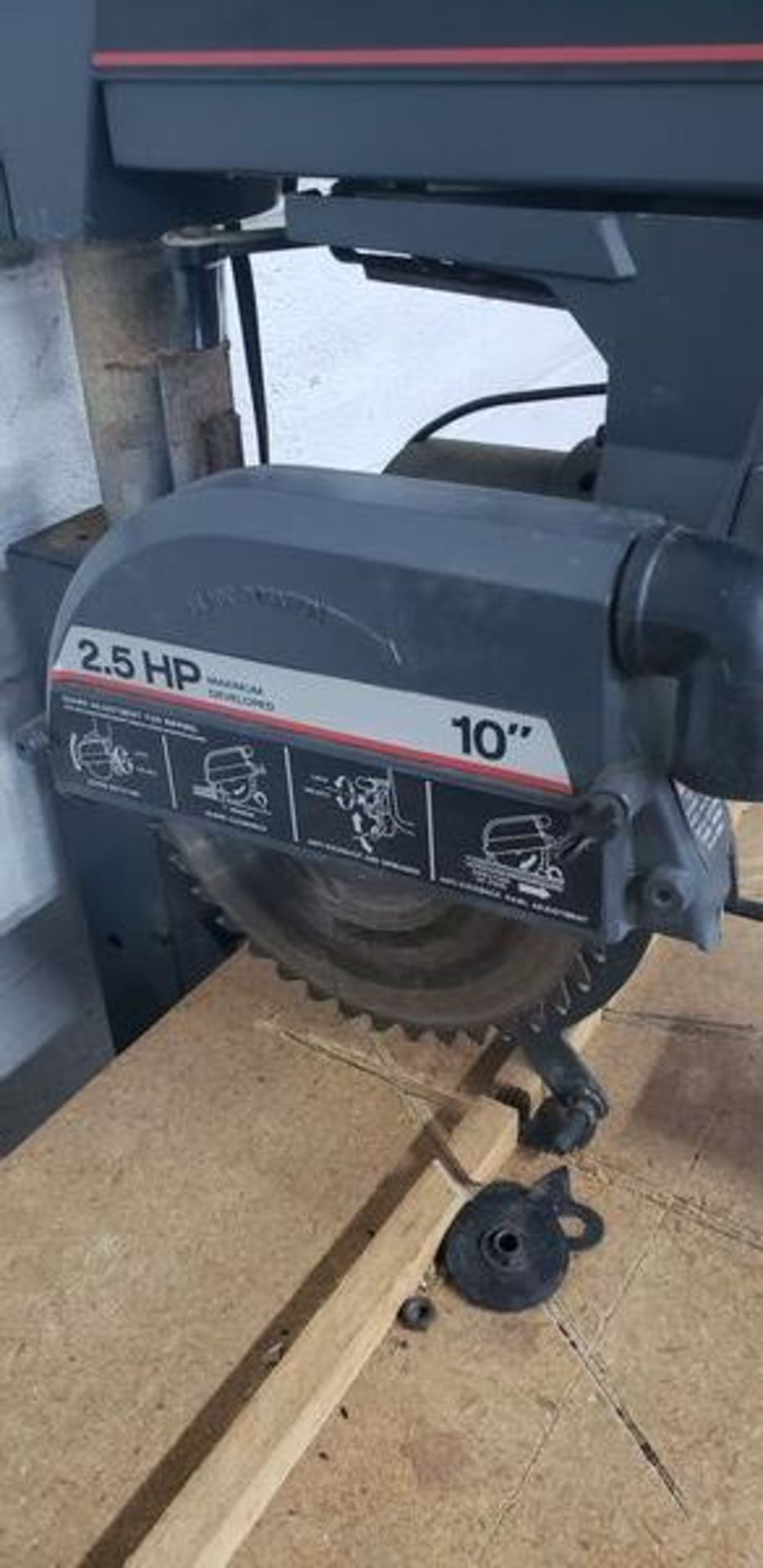 """CRAFTSMAN 10"""" ELECTRIC RADIAL SAW WITH BASE - Image 2 of 3"""