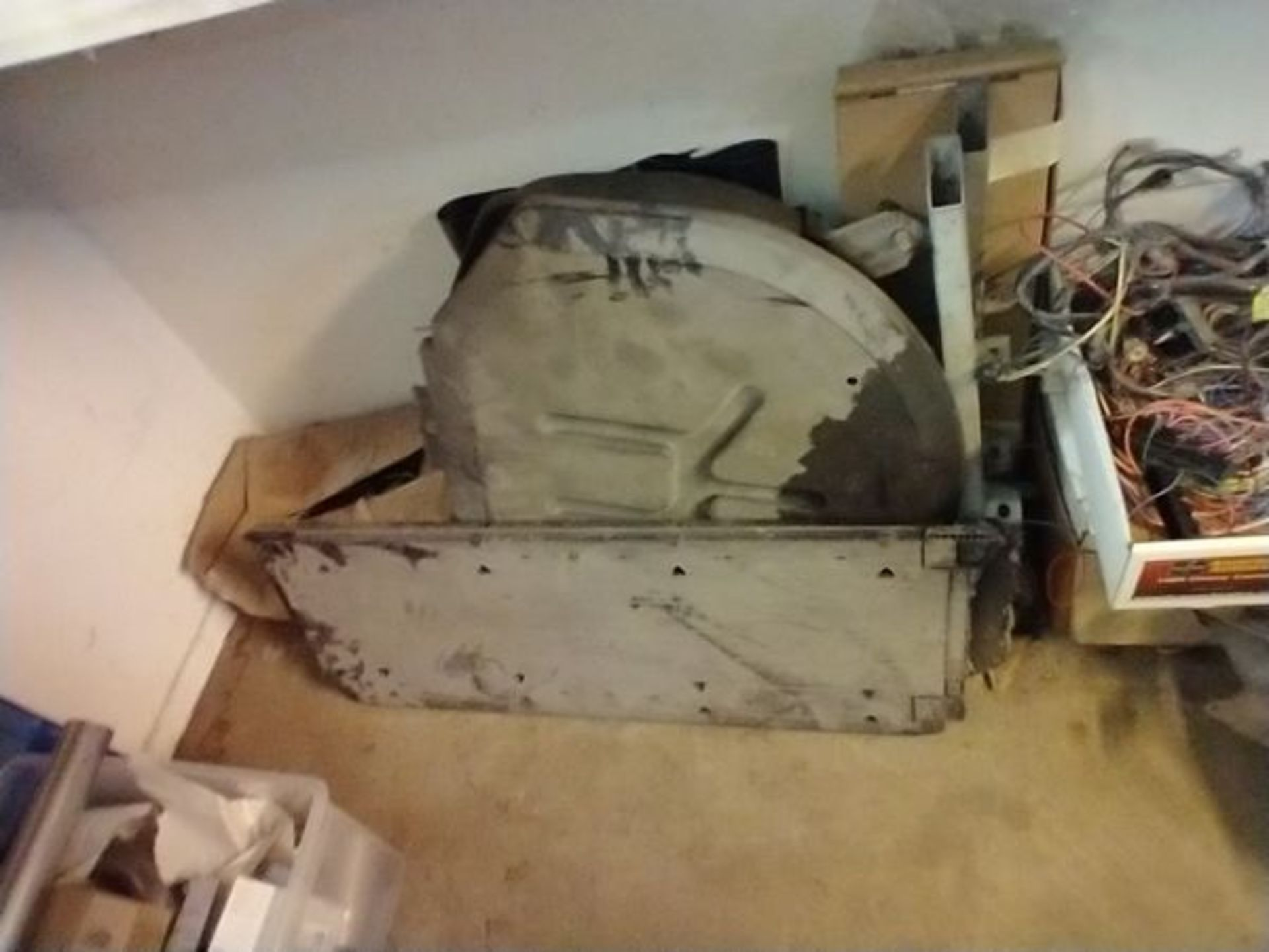 LOT OF ASSORTED CAR PARTS ON 2 SHELVES AND FLOOR - Image 17 of 23