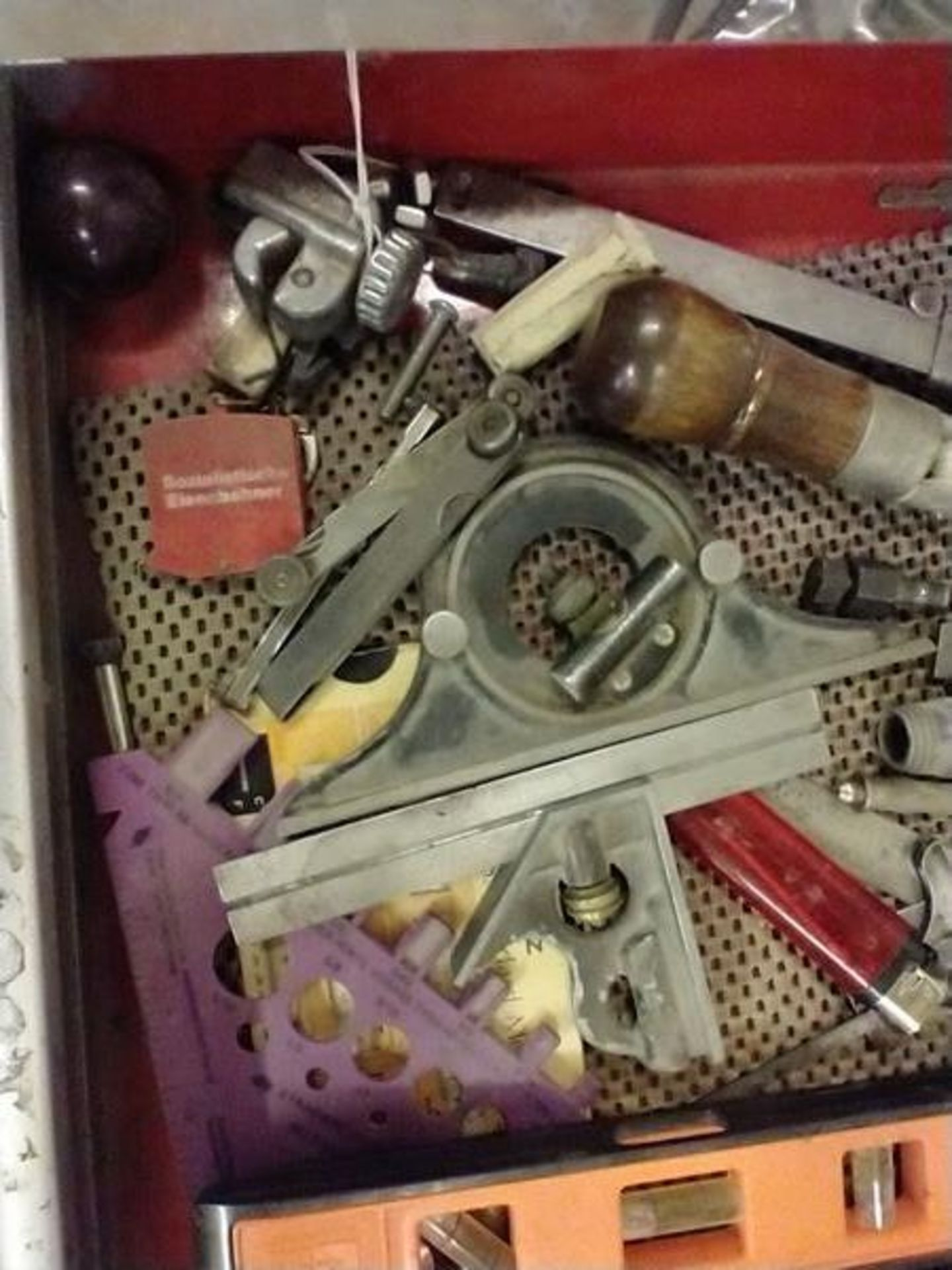LOT OF TOOLS AND MISC IN DRAWER - Image 3 of 5