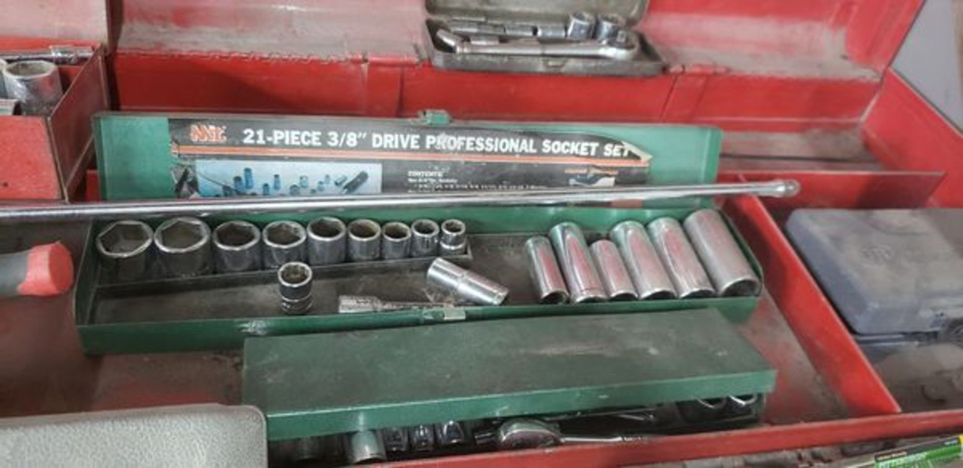 ASSORTED SOCKET SETS WITH EXTRAS - Image 2 of 8