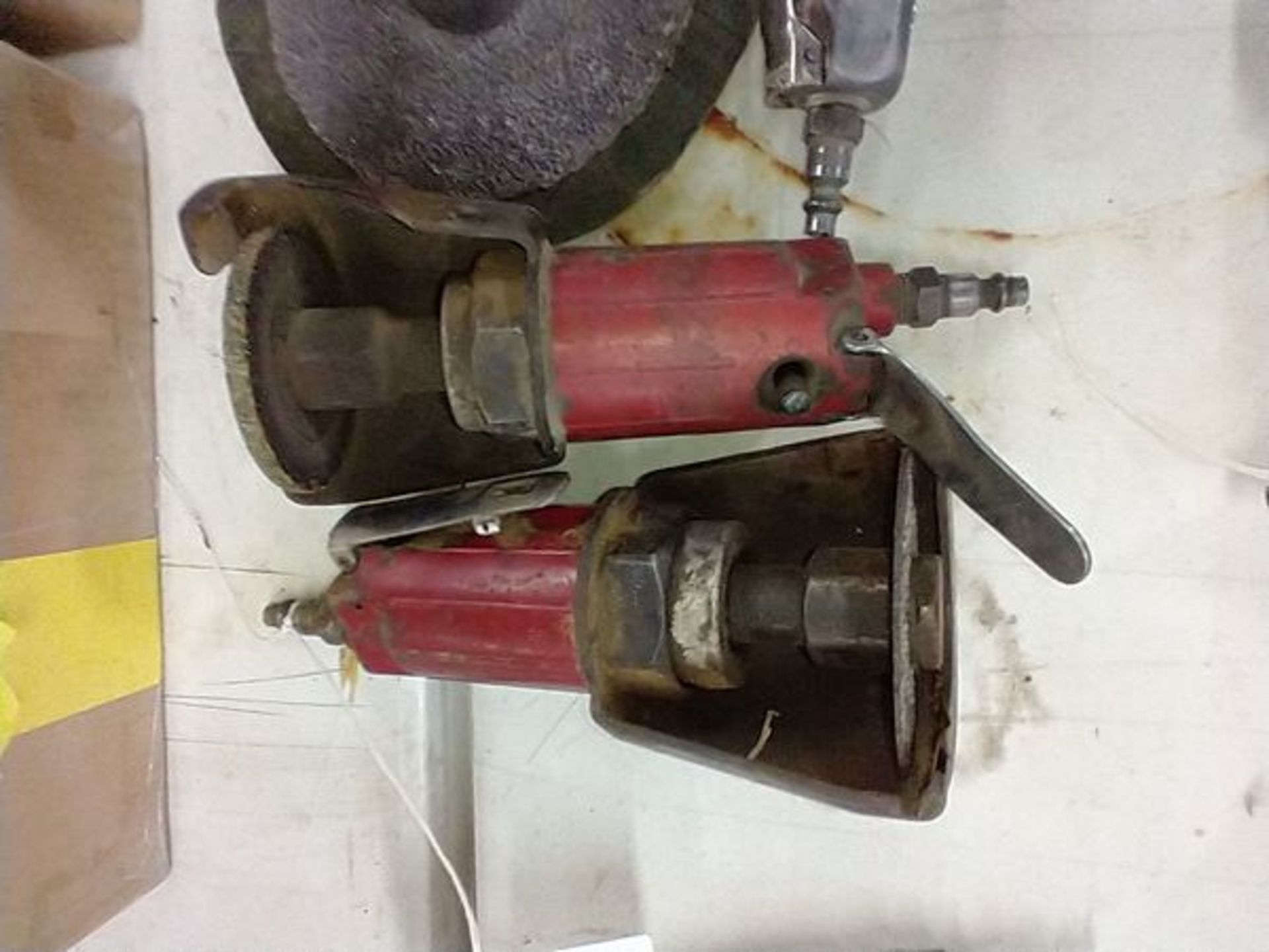 PNEUMATIC GRINDERS AND BUFFER - Image 2 of 4