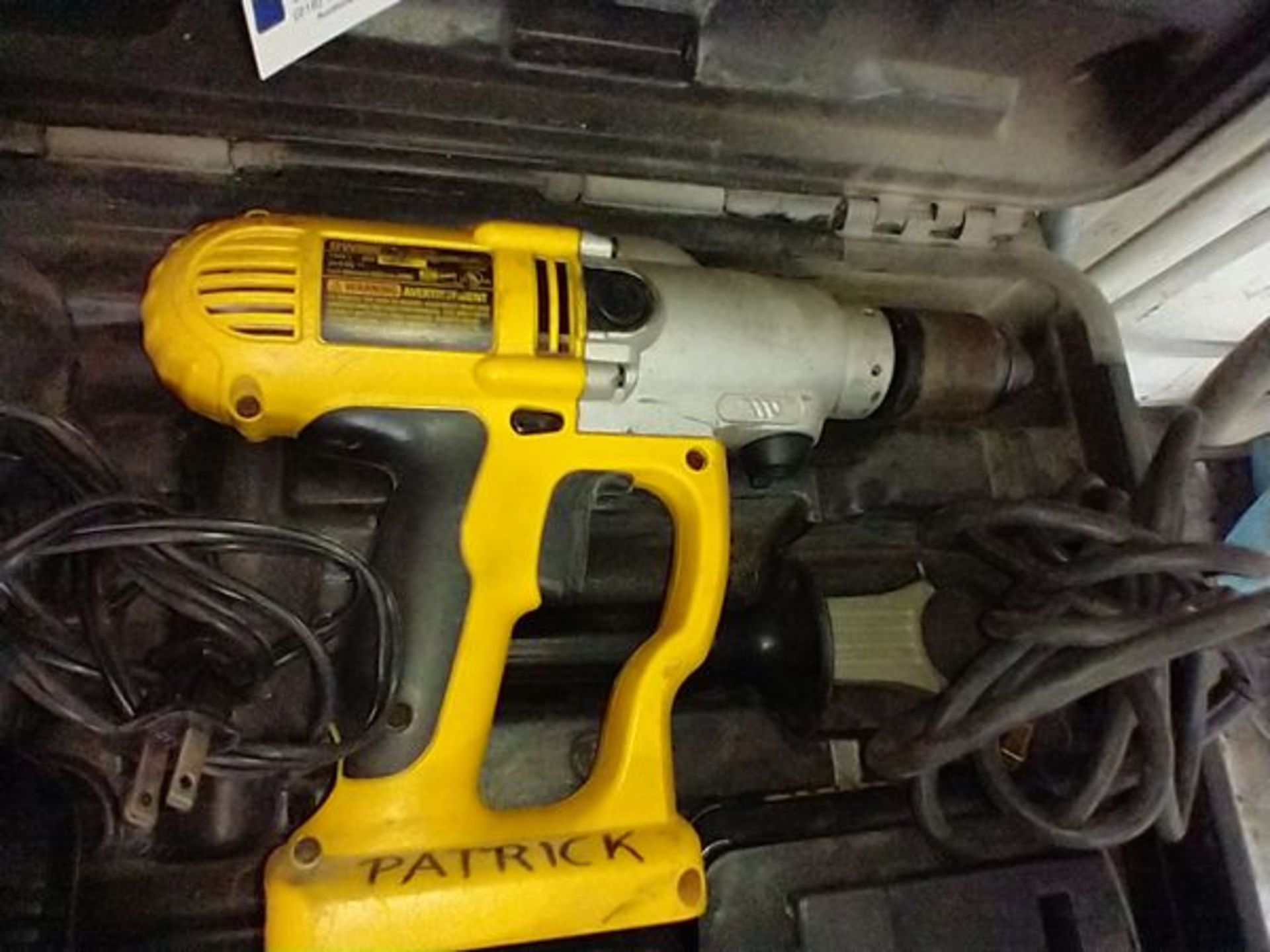 DEWALT DW006 24V HAMMER DRILL WITH 2 BATTERIES AND AC ADAPTER - Image 3 of 5