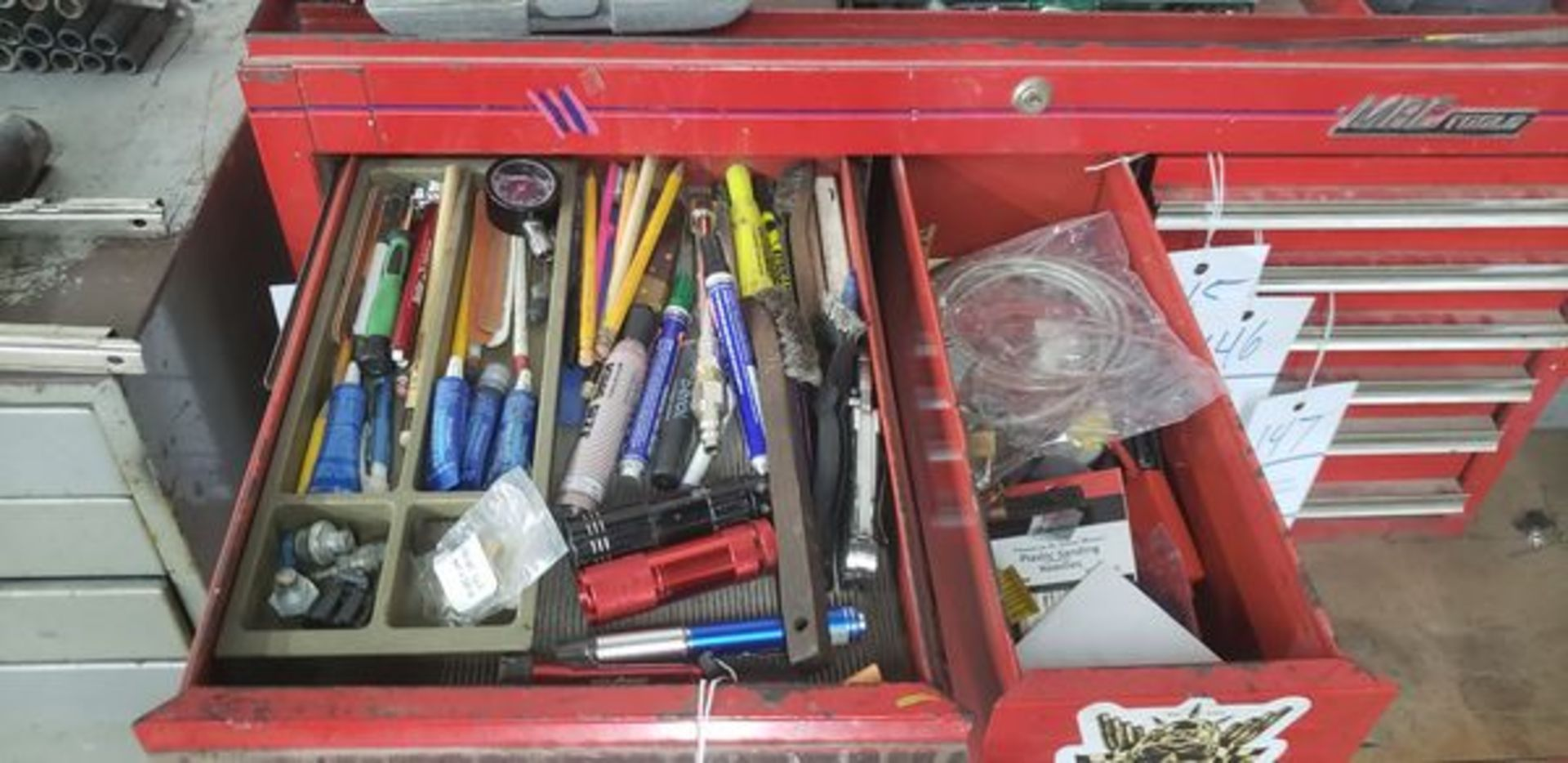 LOT OF MISC IN 2 DRAWERS