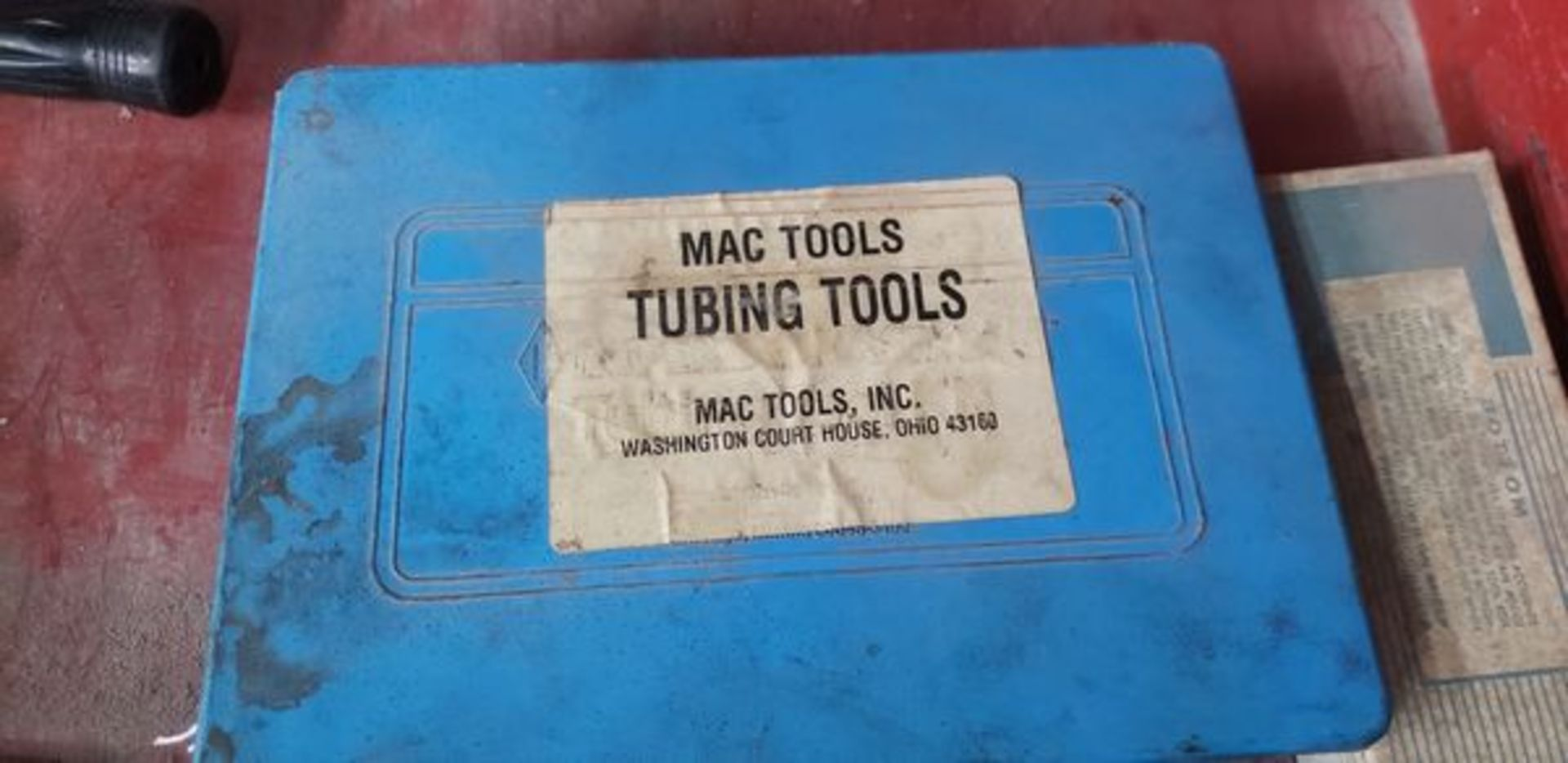 MAC FLARING TOOL FOR THIN WALL TUBING WITH BOX OF PARTS - Image 3 of 3