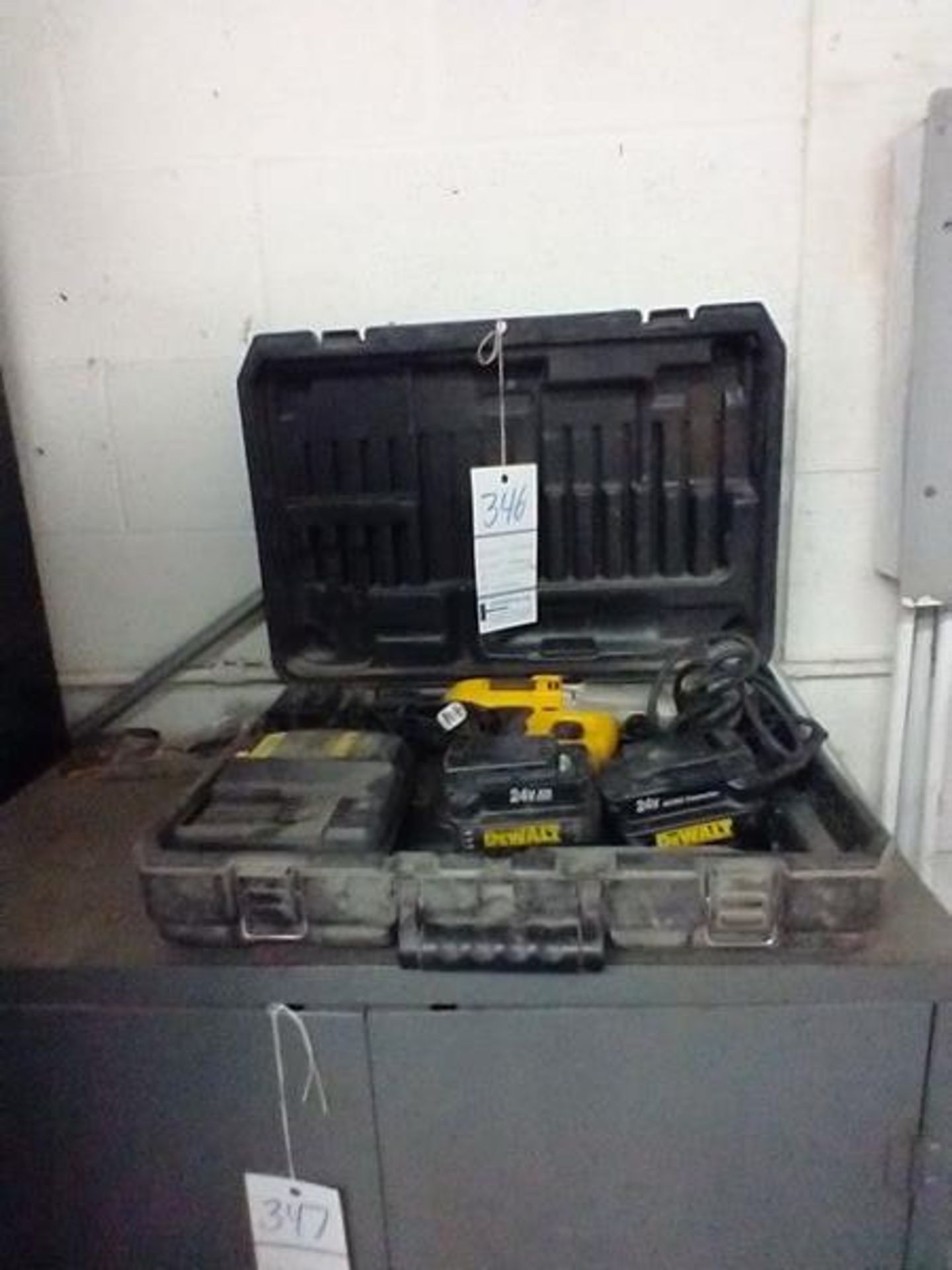 DEWALT DW006 24V HAMMER DRILL WITH 2 BATTERIES AND AC ADAPTER