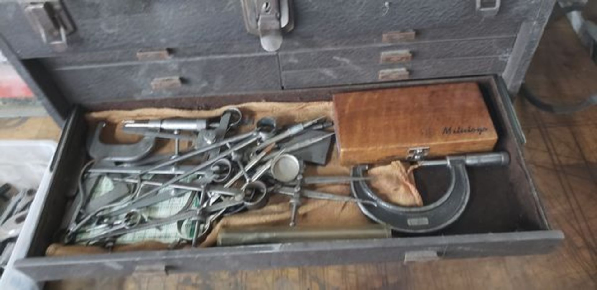 KENNEDY MACHINIST TOOL CHEST WITH CONTENTS - Image 10 of 11