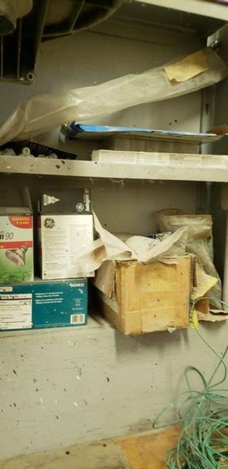LOT OF PAINTING ITEMS ON LEFT TABLE, TOP AND BACK SHELF (TAGGED SPRAY GUNS AND OTHER TAGGED ITEMS AR - Image 10 of 12