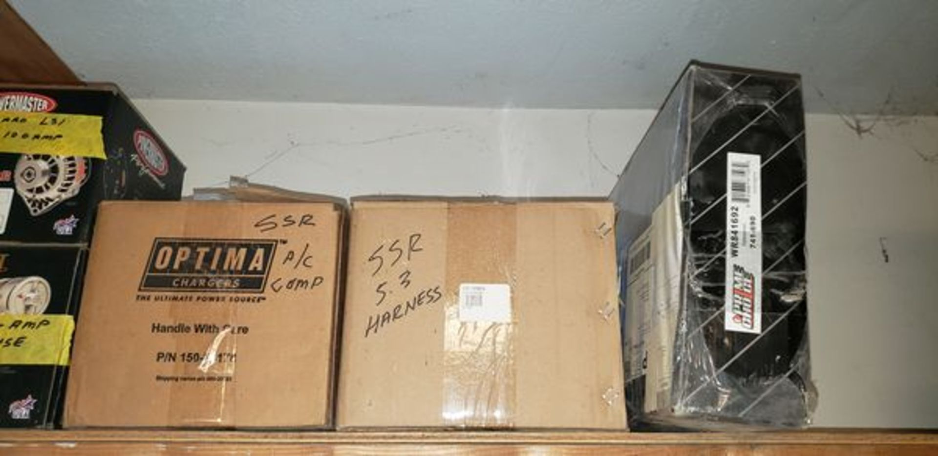 LOT OF ASSORTED CAR PARTS ON 2 SHELVES - Image 3 of 11