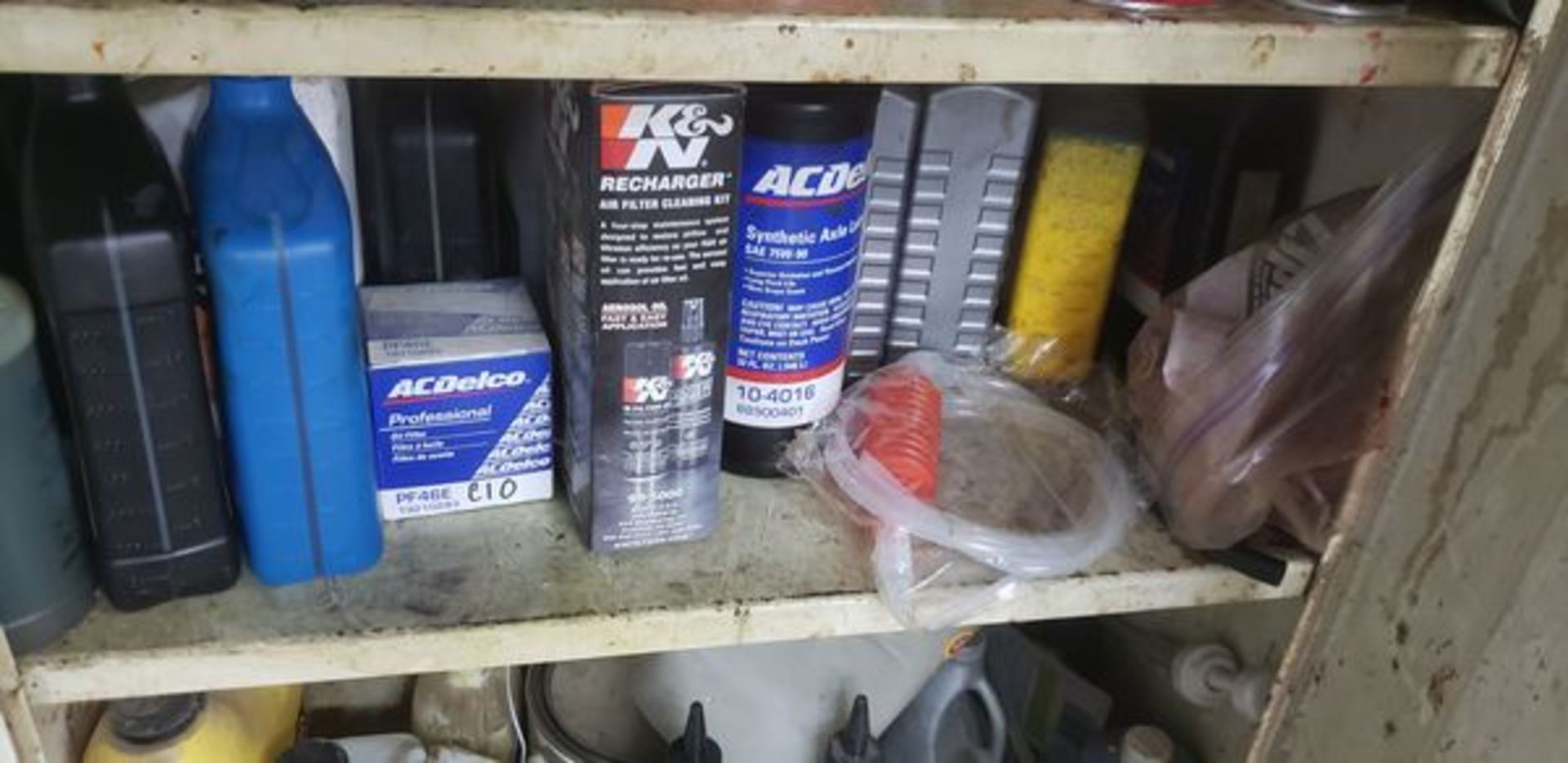 CABINET WITH CONTENTS - Image 3 of 8