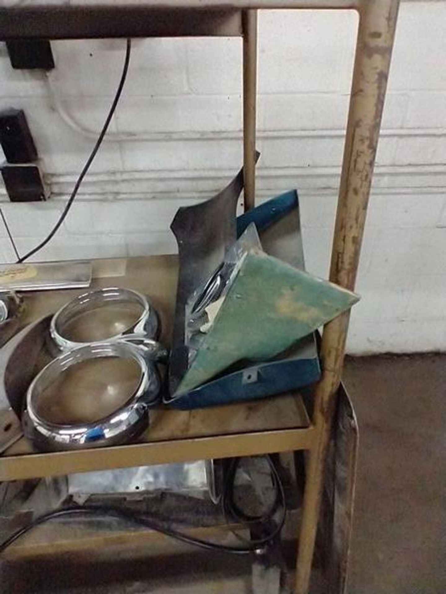 LOT OF VINTAGE CAR PARTS ON CART - Image 11 of 12