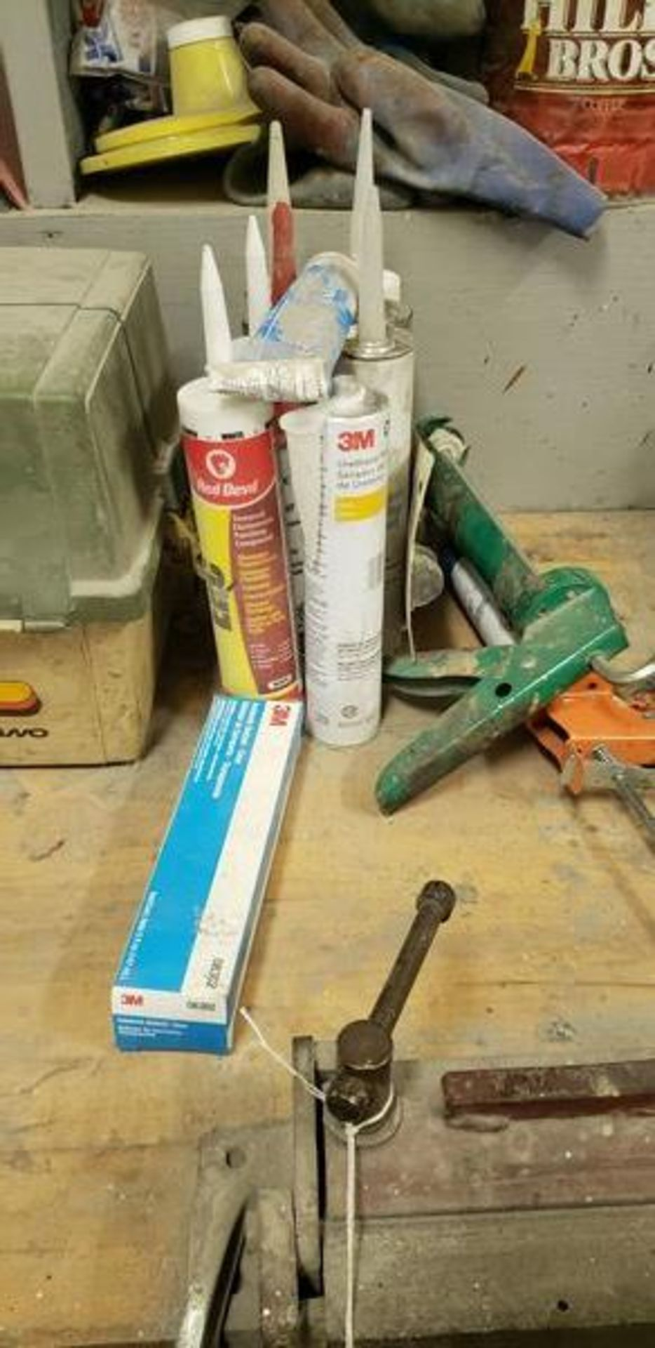 LOT OF PAINTING ITEMS ON LEFT TABLE, TOP AND BACK SHELF (TAGGED SPRAY GUNS AND OTHER TAGGED ITEMS AR - Image 4 of 12