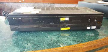 NEC AMPLIFIER MODEL AV210