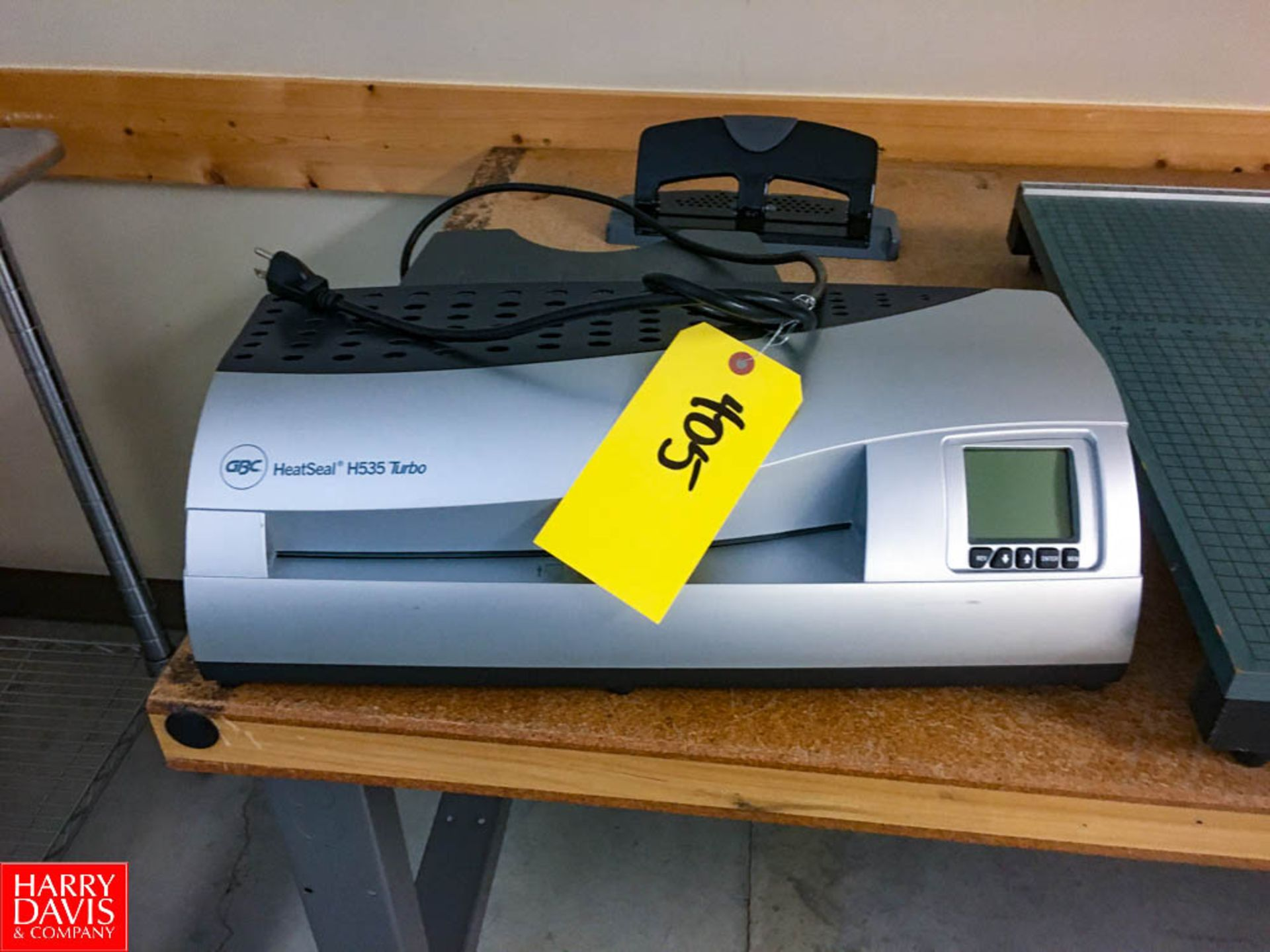 GBC Heat Seal Laminator Model: H535 Turbo Rigging: $25