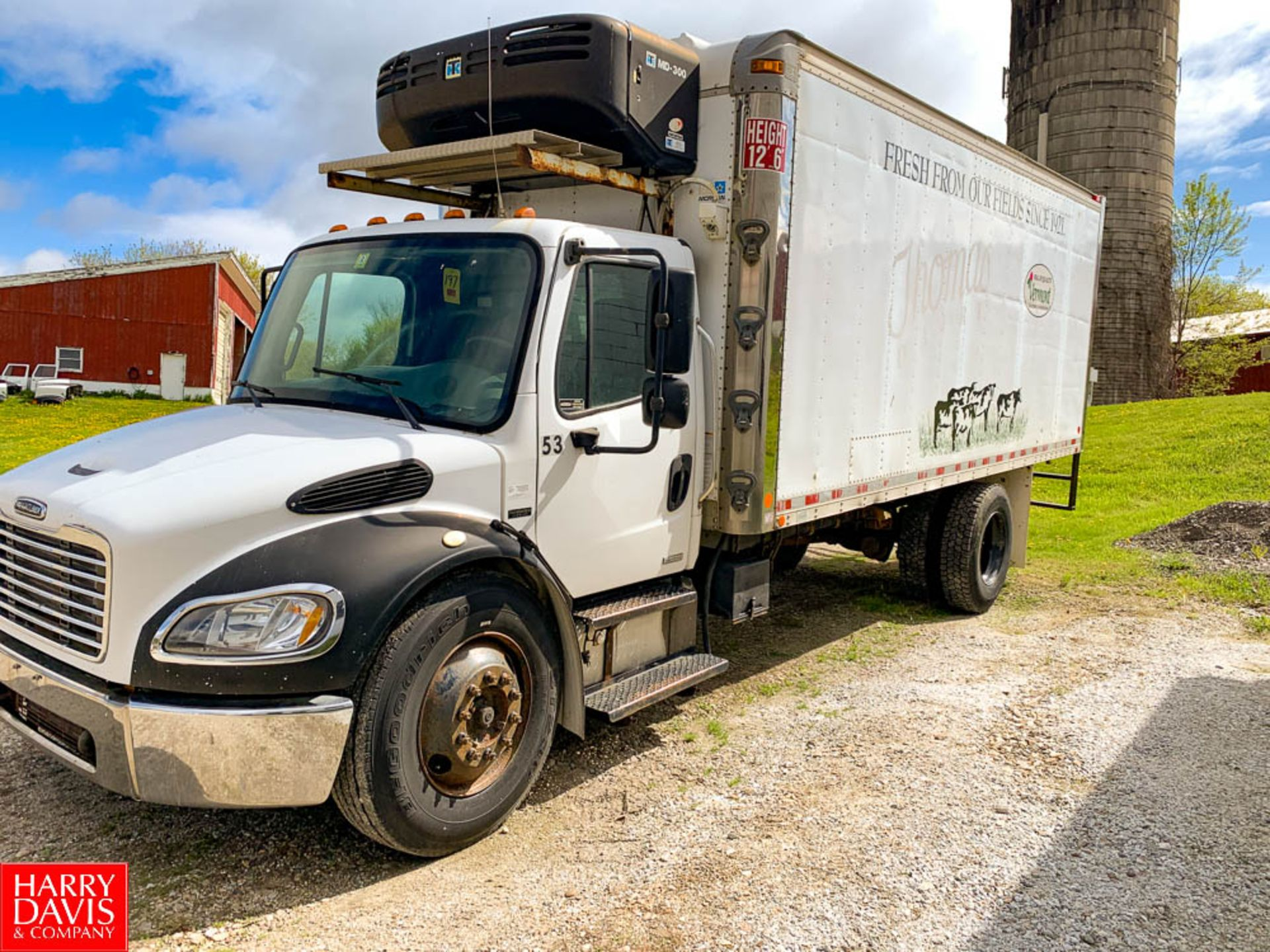 2006 Freightliner 20' Refrigerated Delivery Truck Model: M2106, 25,500 GVWR, Mercedes Benz 6.4