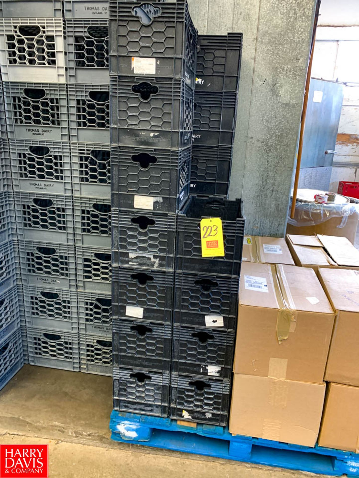 Bag-In-Box Crates, with 180 Lids