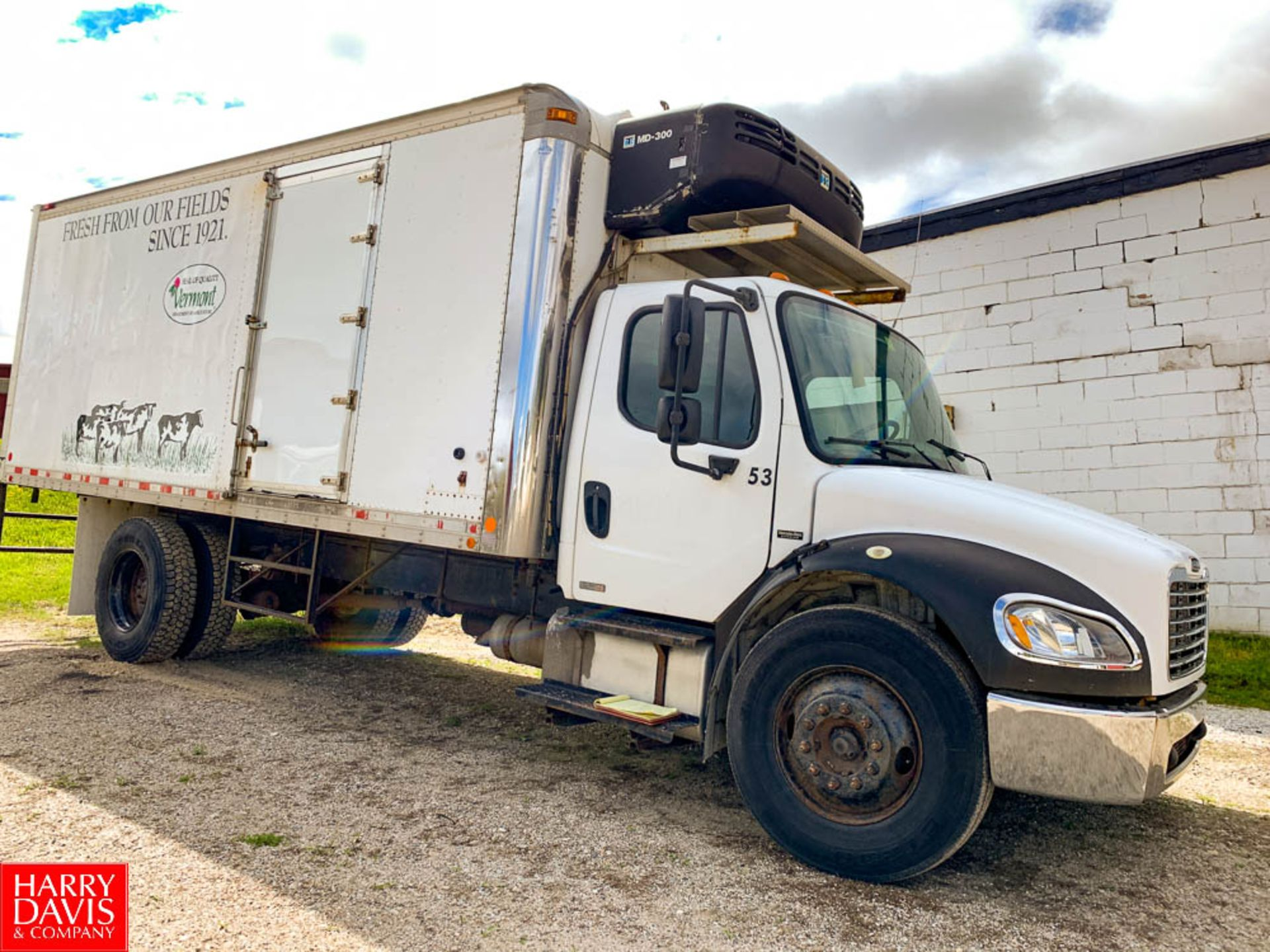 2006 Freightliner 20' Refrigerated Delivery Truck Model: M2106, 25,500 GVWR, Mercedes Benz 6.4 - Image 2 of 7