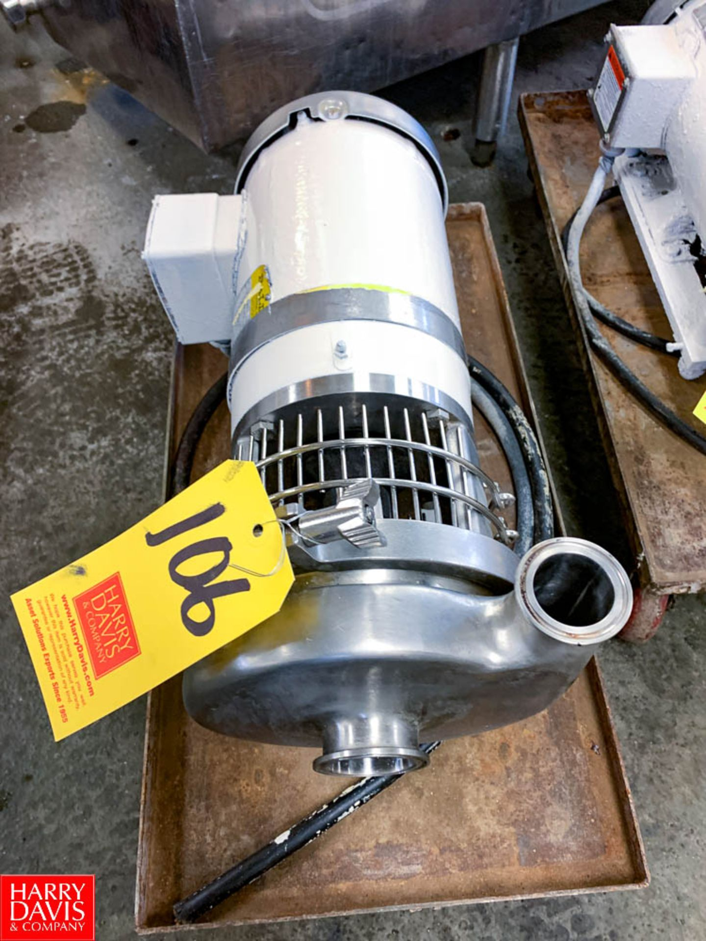 """WCB Centrifugal Pump with Dayton 2 HP 1,740 RPM Motor and 2"""" x 1.5"""" S/S Head, Clamp Type"""