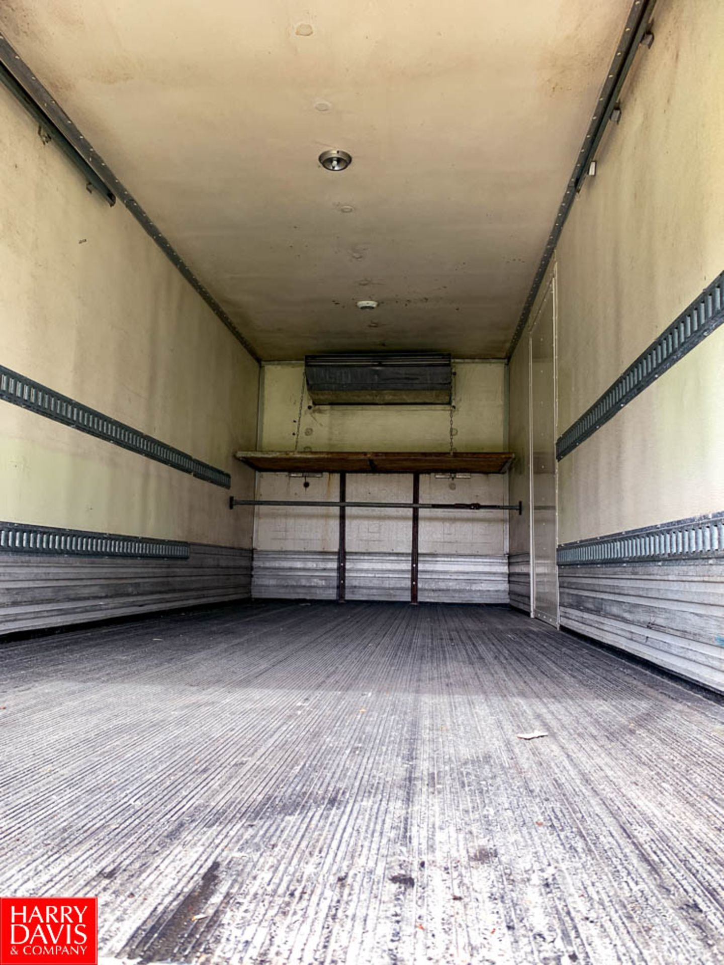 2006 Freightliner 20' Refrigerated Delivery Truck Model: M2106, 25,500 GVWR, Mercedes Benz 6.4 - Image 6 of 7