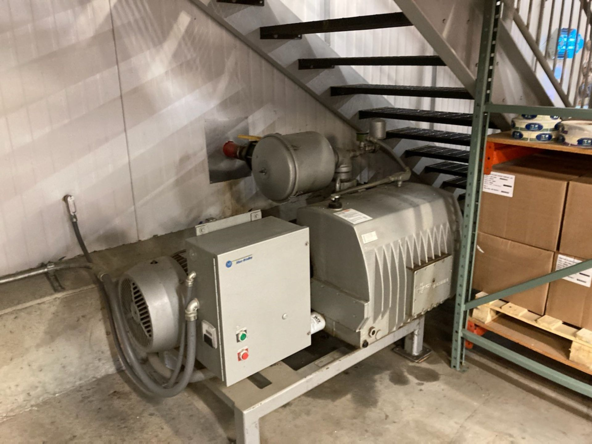 Cryovac Old Rivers Rotary Vacuum Chamber Sealer Model 8610T-14E : SN 0723732, with Busch Vacuum Pump - Image 3 of 3