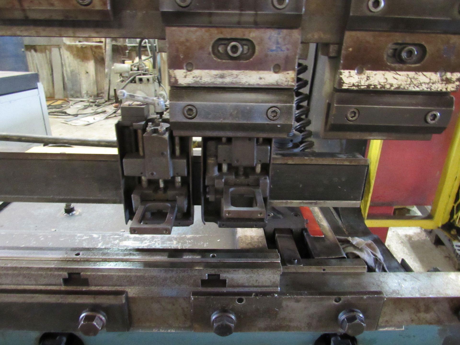 Amada 80 Ton RG 80 Press Brake - Image 4 of 7