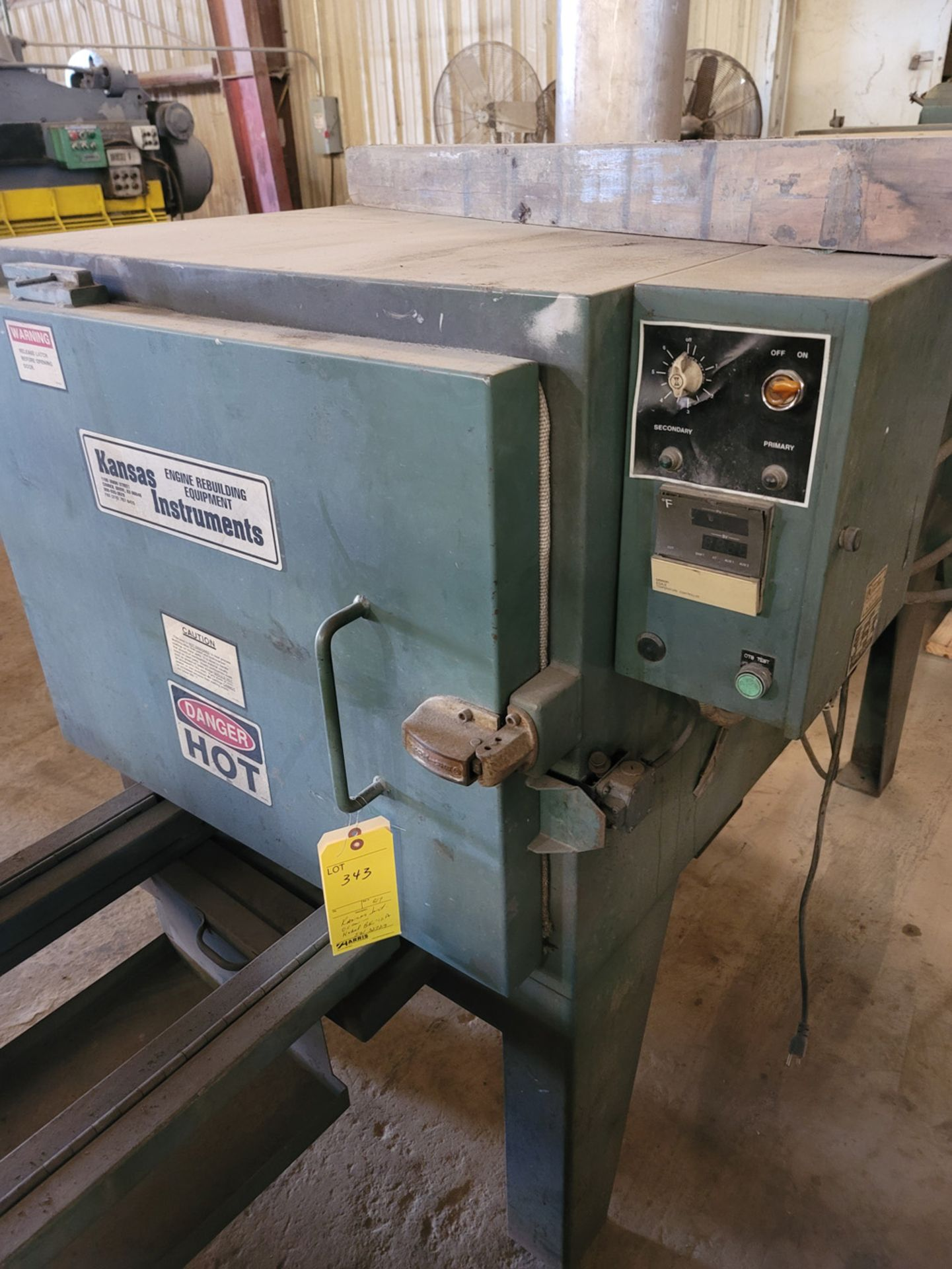 Kansas Instruments Model BK-17A Oven - Image 2 of 8