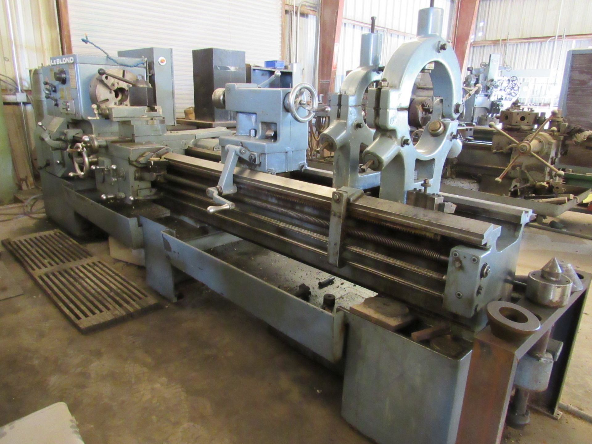 "26"" x 96"" LeBlond Regal Engine Lathe - Image 2 of 6"