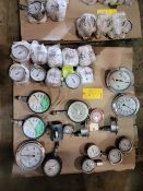 Lot: Pressure Gauges ranging from 150 - 15000 PSI (New)