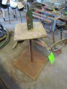 Hykon Wire Uncoiler on Pedestal