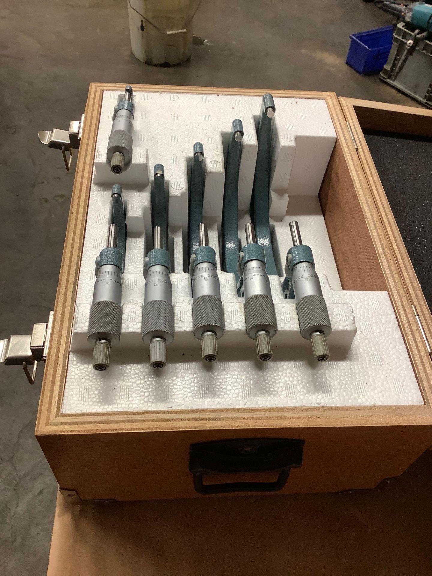 """Mitutoyo OD Micrometer Set: 0-1"""" thru 5-6"""" - Image 2 of 4"""