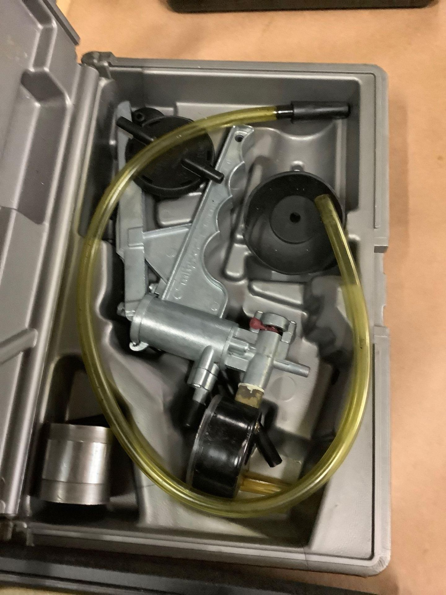 Lot of 2: (1) Mighty Vac Vacuum Pump (1) ETCH-0 Matic Engraver - Image 5 of 6