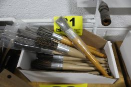 ASSORTED ROUND PAINT BRUSHES, IN BOX