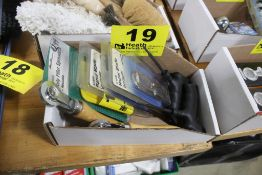 ASSORTED BODY WORK TOOLS IN BOX