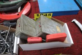 ASSORTED DRILL INDEXES IN BOX