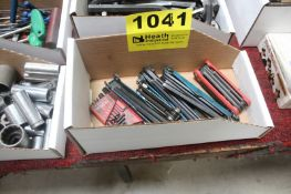 ASSORTED FOLDING HEX WRENCHES IN BOX