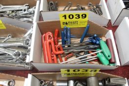 ASSORTED T-HANDEL HEX & TORX WRENCHES IN BOX