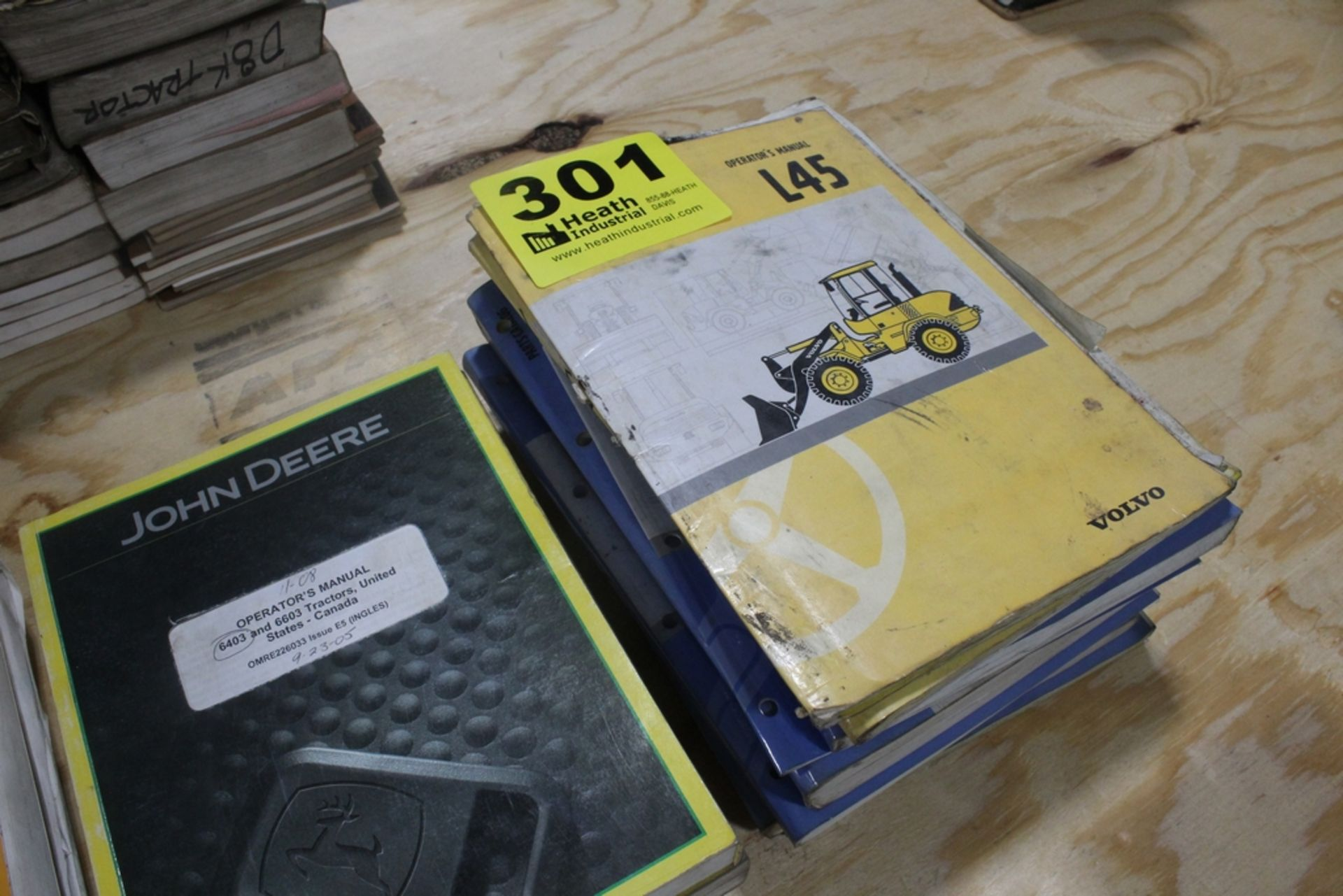 ASSORTED JOHN DEERE AND VOLVO SERVICE MANUALS - Image 3 of 3