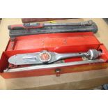 SNAP-ON LARGE CAPACITY TORQUE WRENCH WITH CASE